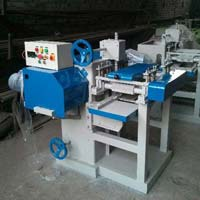 Straight Line Rip Saw Cutting Machine