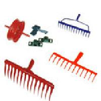Garden rake manufacturers suppliers exporters in india for Gardening tools in hindi