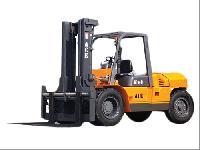 AF100D Diesel Operated Forklift Truck