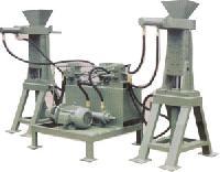 Inter Lock Wall Block Making Machine