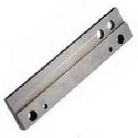 Rh Guide Rail Es Tw11 - Manufacturer and Wholesale Suppliers,  Rajasthan - Promatech Manufacturing & Trading Co.