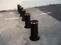 hydraulic bollards