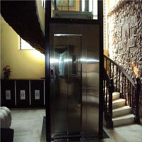 Auto Telescopic Door Lift
