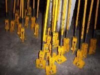 Rigid Hanger