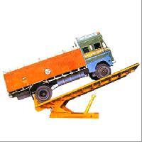 Hydraulic Trucks