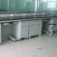 Laboratory Work Benches