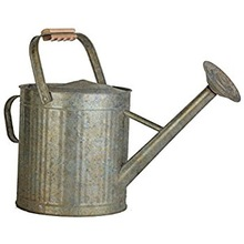 RUSTIC STYLE GALVANIZED WATERING CAN