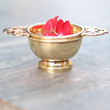 Brass handle loose leaf infuser tea Gold
