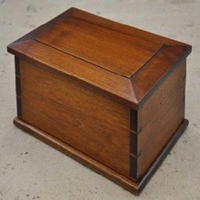 Factory Direct Wooden Cremation Urn