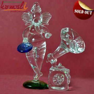 Imaginative Glass Decor