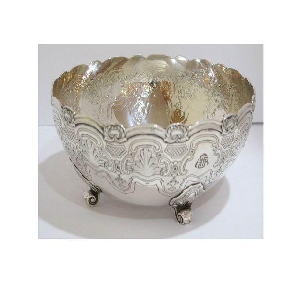 round 3 legs metal bowl