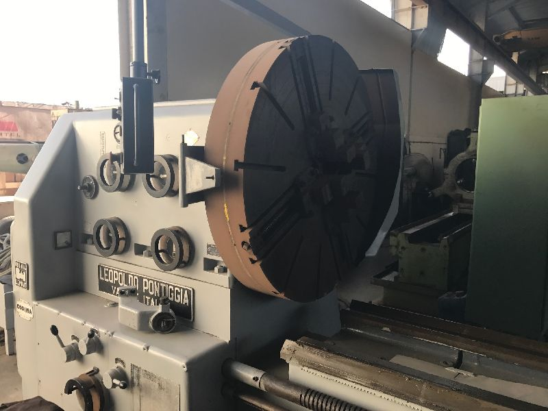 Universal center lathe machine