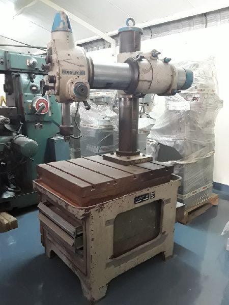 Universal Drilling Machine