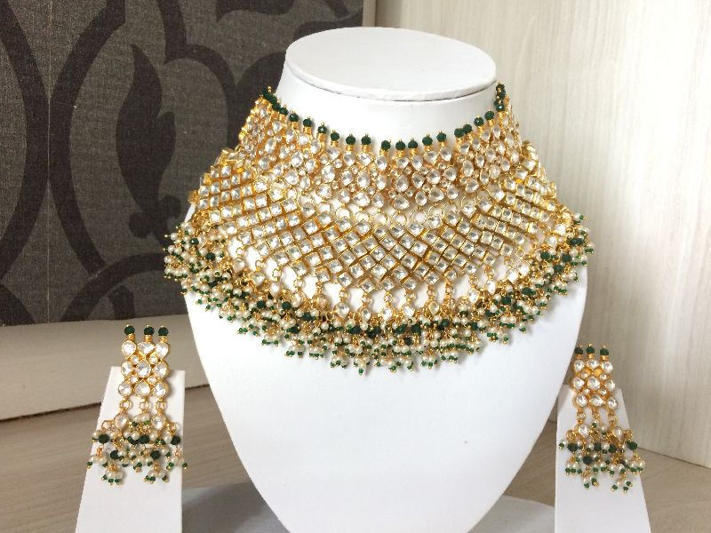 Golden Bridal Jewelry Set, INR 8.50 k / Set(s) by Natanigems & Jewellery  from Jaipur Rajasthan | ID - 4162788