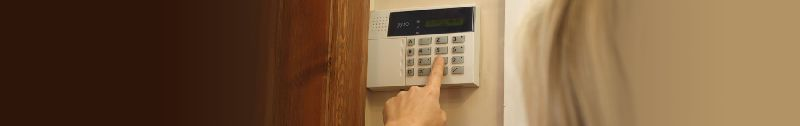 WIRED OR WIRELESS INTRUDER ALARM SYSTEMS