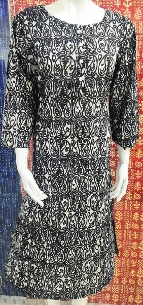 Cotton Printed Straight Kurti (PLUS-KU101BLK)