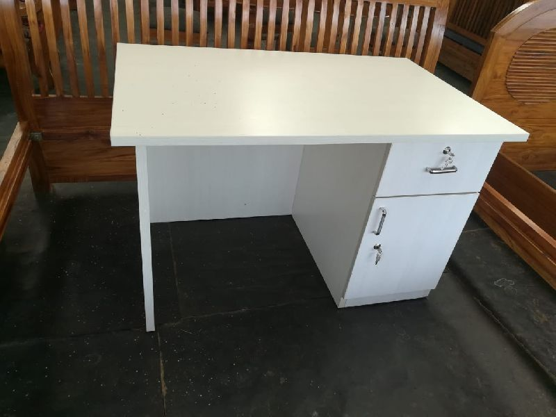 Office Furniture by Hobbs India, Office Furniture, INR 150INR 2.50 k /  Square Feet | ID - 5138806