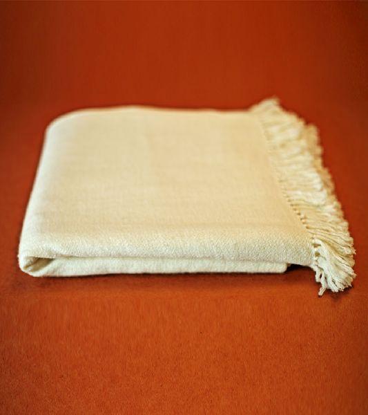 Ladies Merino Wool Shawl (MTLS/CB-WH/1305)