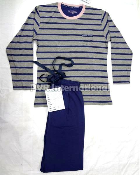 Ladies Knitted Pyjama Set