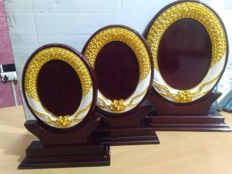 Round Wooden Trophy
