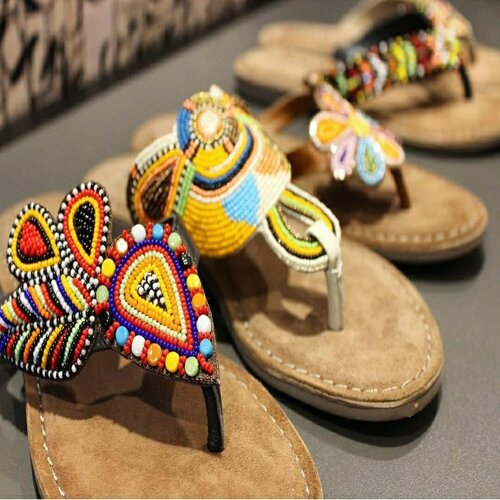 embroidered sandals (embroidered sandal)