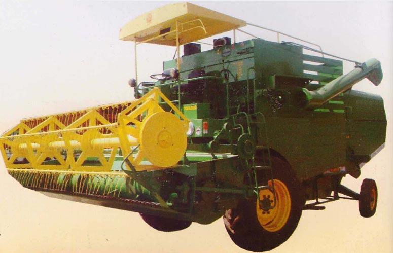 Self Prpelled combine Harvester (14)