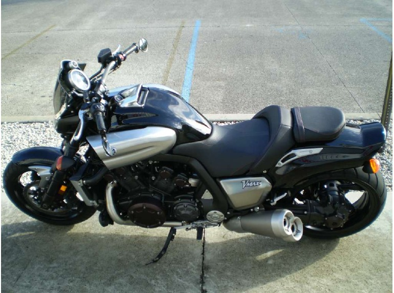 Admirable Buy 2009 Yamaha Vmax Cruiser From Auto Wheels Thailand Udon Machost Co Dining Chair Design Ideas Machostcouk