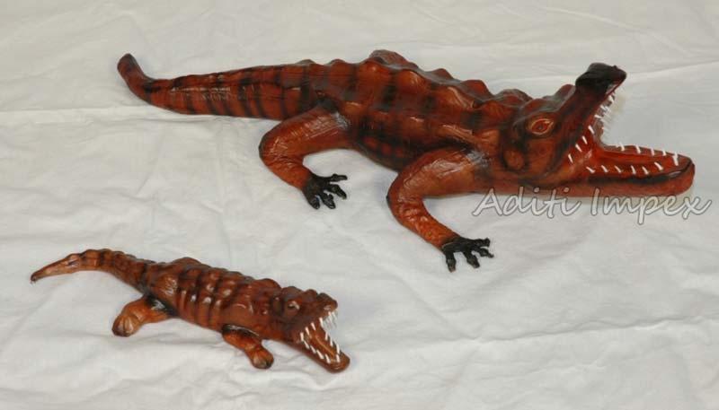 Handicraft Leather Alligator Sculpture Manufacturer In Indore Madhya