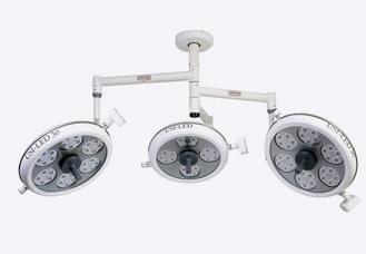 LED OT Light (Ceiling triple dome) (usi-303020)