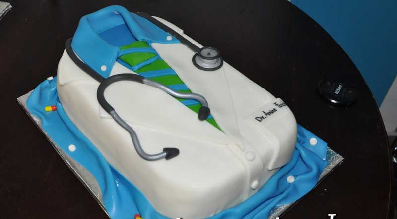 Graduation Cakes Wholesale Suppliers in Hyderabad Telangana ...