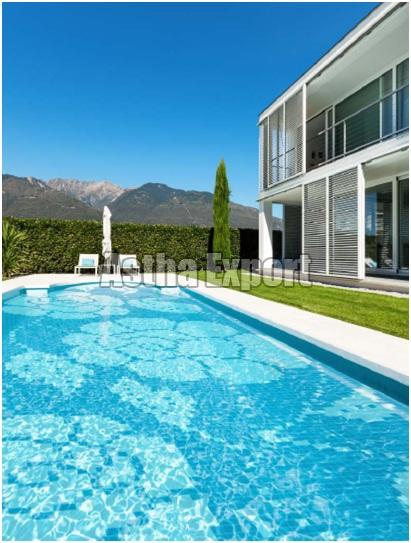 Glass Tiles - Pool Murals