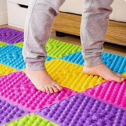 Acupressure Magnetic Pyramid Foot Mat