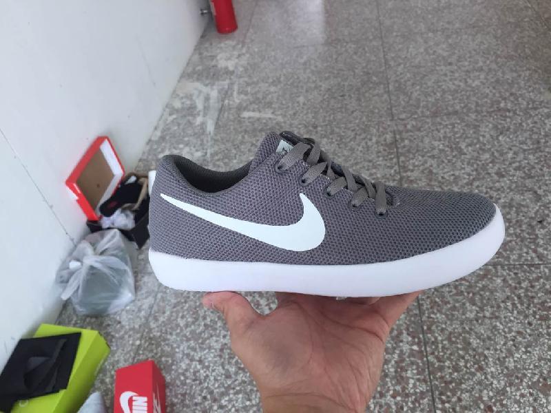 colore veloce rapporto qualità-prezzo ultimo design Mens Nike Sports Original Shoes Manufacturer in Dungarpur ...