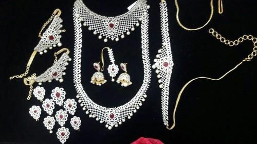 Cz Wedding Sets.Cubic Zirconia Bridal Jewellery Set Manufacturer In Mumbai