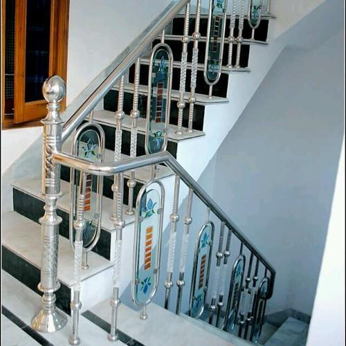 Stainless Steel Designer Staircase Railings Manufacturer In Uttar