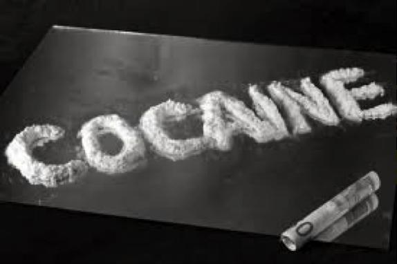 Cracks Coke, Drugs