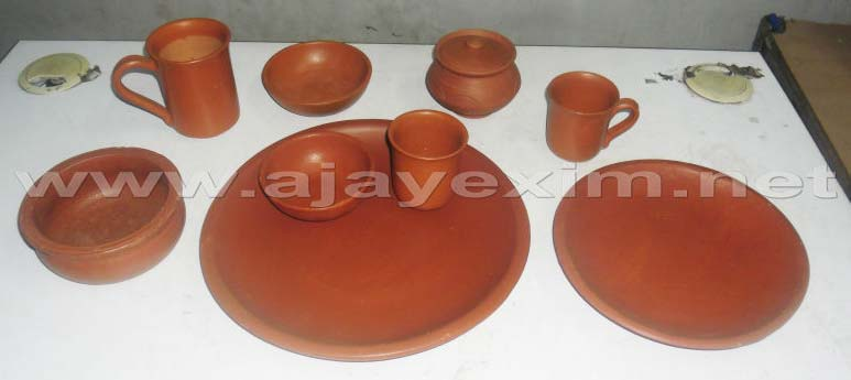 Potters Clay Dinner Set & Potters Clay Dinner Set Manufacturer \u0026 Manufacturer from Madurai ...