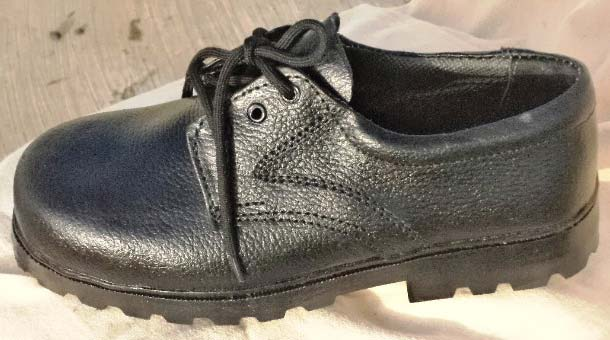 Industrial Safety Shoes (312 S- Nitrile PVC)