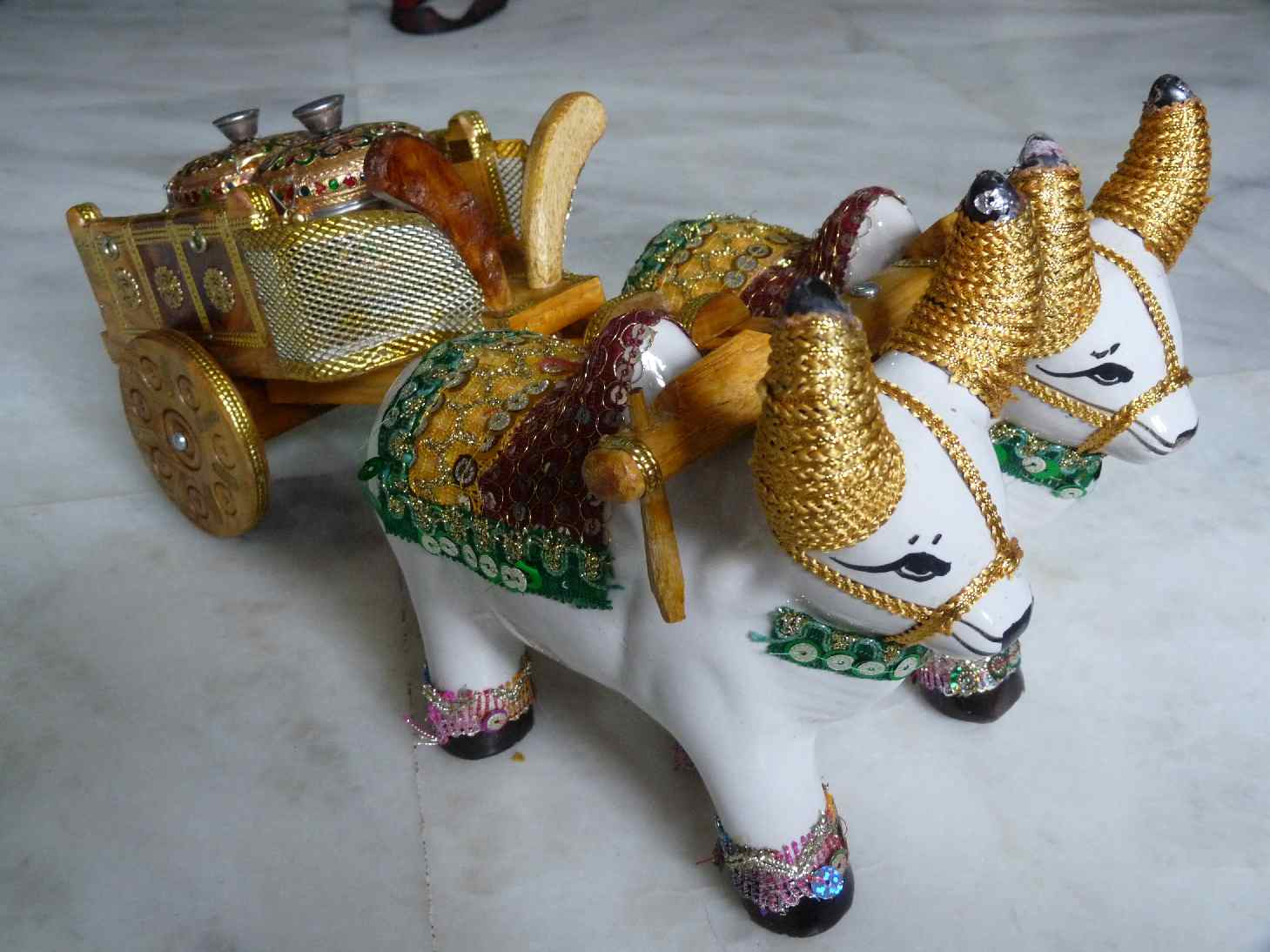 Navini Home Decoration Manufacturer Exporters In Mumbai Maharashtra
