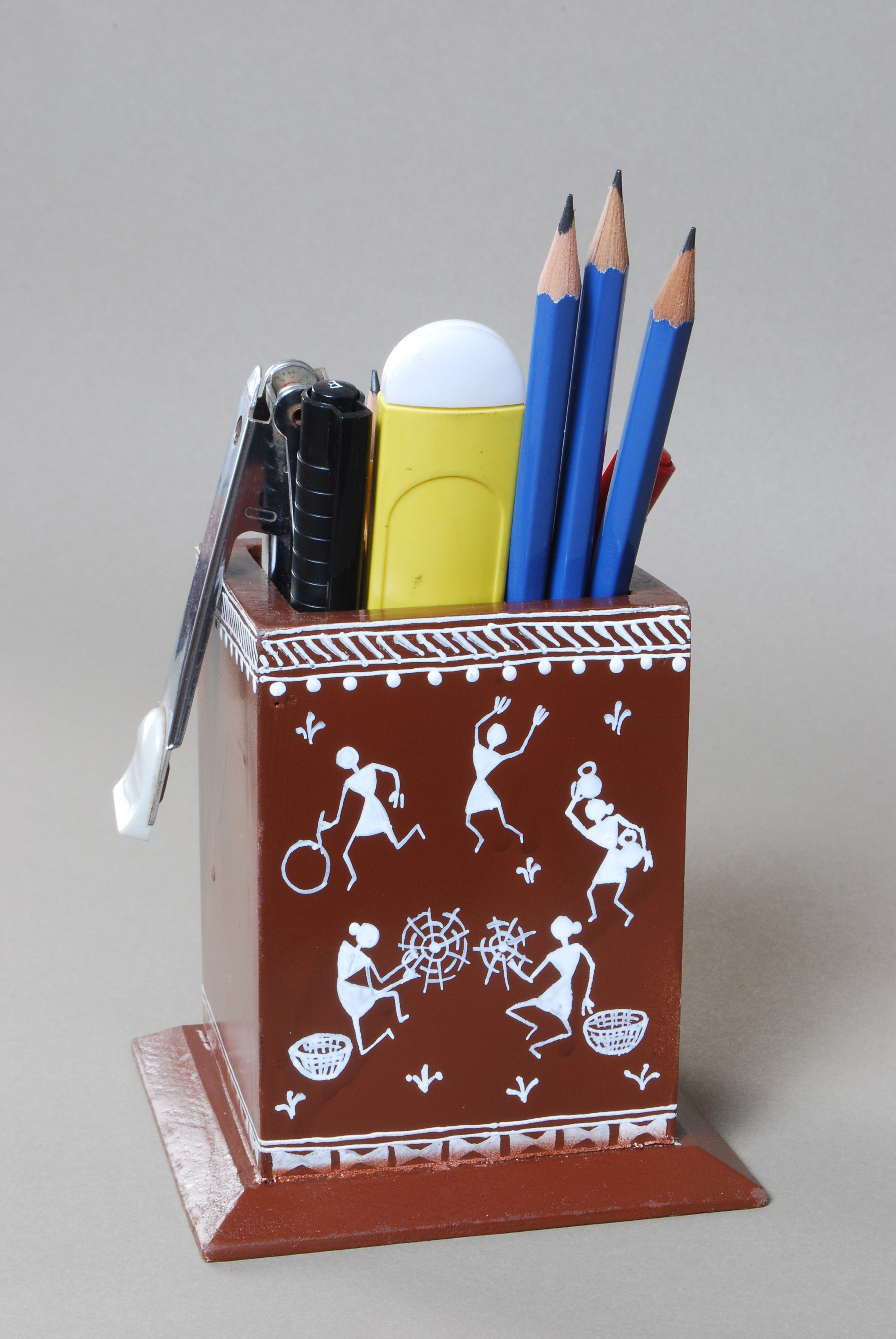 Designs Of Pen Stand : Warli pen stand manufacturer exporters from mumbai india id
