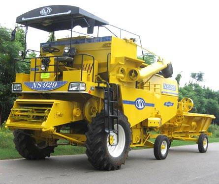Combine Harvester (NSA-006)