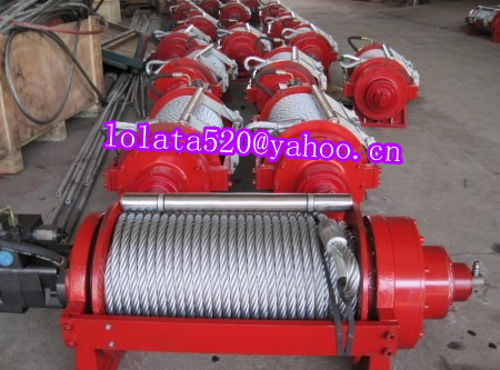 Vehicle recovery winch