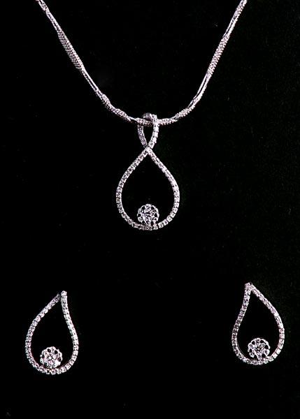 White Fashion Jewelry Sets