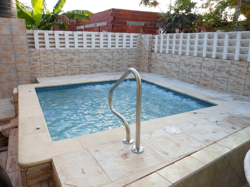 Buy Pool Coping Tiles from Decorlite Concrete Products ...