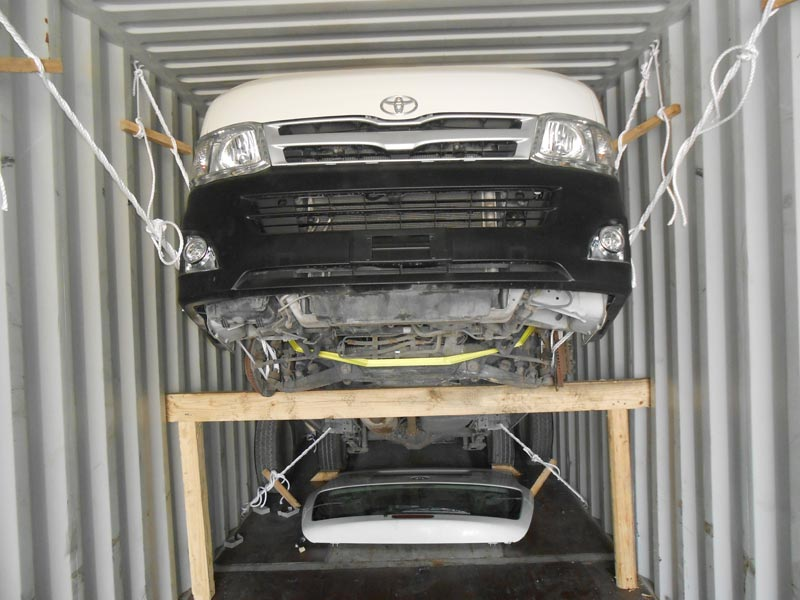 Services - Vehicle Lashing Services in Dubai Offered by Cross Waves