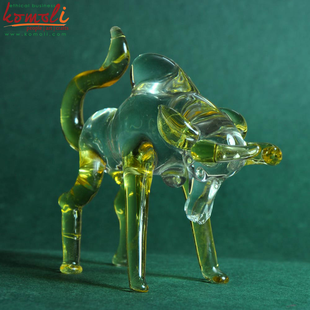 Rousing Bull Glass Sculpture (Komoli-12021-GR)