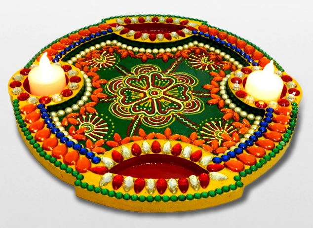 Buy handmade pooja thali from vishwa handmade indian for Aarti thali decoration with kundan