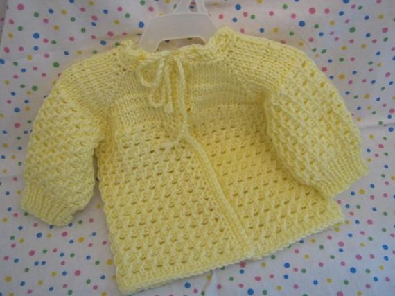 Yellow Crochet Baby Sweater (01)