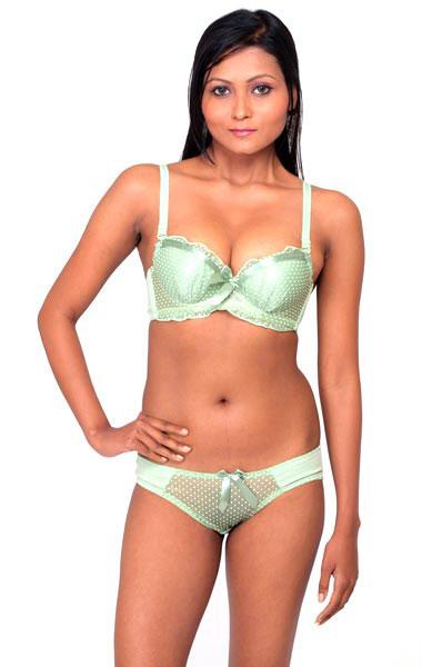 909db5197 Buy Bra   Panty Set from Goope International