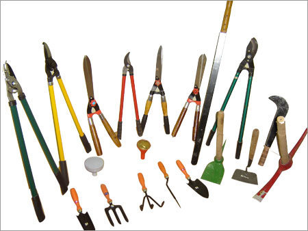 Horticulture implements manufacturer inuna himachal for Garden hand tools names